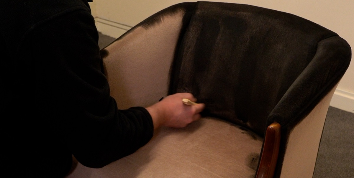 how to paint fabric
